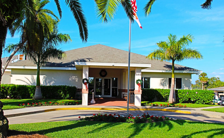 View of the clubhouse at Manatee Golf Course